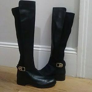 Black/gold Michael Kors boots. Size 8.